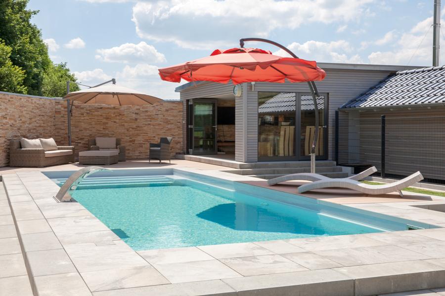 Construction de piscines monocoques for Piscine monocoque
