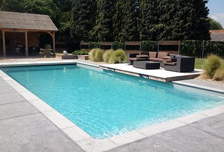 Tahiti piscines construction de piscines sur mesure en for Accessoire piscine belgique